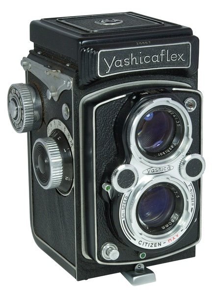 Yashicaflex New B version 1.JPG